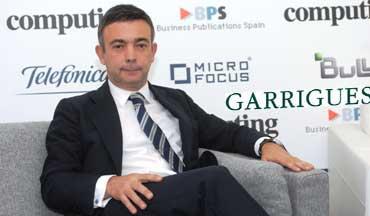 José María Anguiano valida los componentes jurídicos de Burovoz