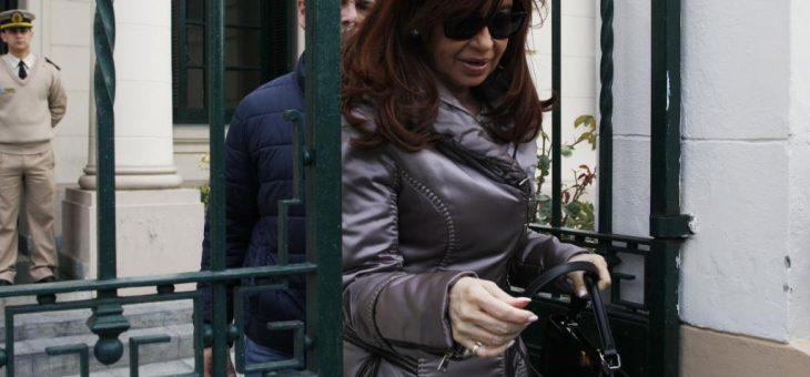 CFK ratificó la denuncia penal por espionaje y persecución política
